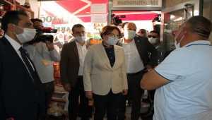 İYİ Parti Genel Başkanı Akşener, Kayseri parti teşkilatı üyeleriyle bir araya geldi