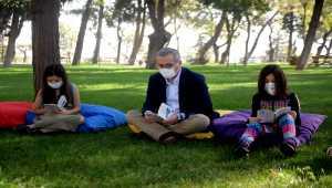 Kahramanmaraş Kalesi'nde kitap okuma etkinliği düzenlendi