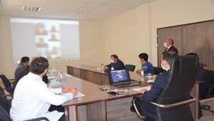 Karantinadaki vatandaşlara video konferansla moral desteği