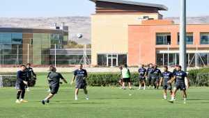 Kayserispor Teknik Direktörü Bayram Bektaş ligdeki durumlarını değerlendirdi: