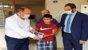 Osmaniye'deki orman yangınında evi zarar gören öğrenciye tablet hediye edildi
