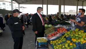 Suşehri Belediye Başkanı Yüksel, halk pazarını inceledi