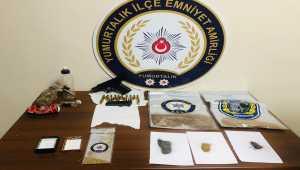 Adana'da 7 suçtan aranan zanlı yakalandı