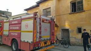 Adana'da evde çıkan yangın hasara neden oldu