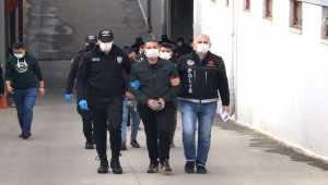 Adana'daki uyuşturucu operasyonunda yakalanan 17 zanlıdan 11'i tutuklandı