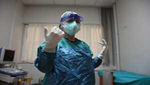 KOVİD-19 HASTALARI YAŞADIKLARINI ANLATIYOR - Kovid-19'u yenen hemşire, çocuklarının üzülmemesi için hastalığını gizlemiş