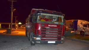 Aksaray'da karantina kurallarına uymayan kamyon şoförü sağlık ekiplerine teslim edildi