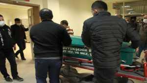Mersin'de kamyonetin altında kalan kişi hayatını kaybetti