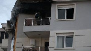 Antalya'da iki evde yangın çıktı