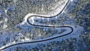 Antalya'nın yaylalarına yağan kar, güzel görüntüler oluşturdu