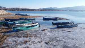 Beyşehir Gölü kısmen buz tuttu