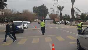 Hatay'da yaya geçitlerinde kural ihlali yapan sürücülere para cezası