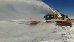 Kardan kapanan 87 mahallenin yolu açıldı