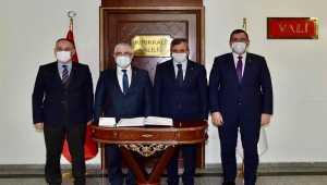 ROKETSAN Yönetim Kurulu Başkanı Yiğit'ten Vali Sezer'e ziyaret