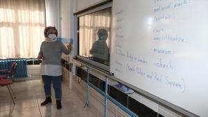 İç Anadolu'da yeni normalleşme süreciyle okullarda yüz yüze eğitime başlandı