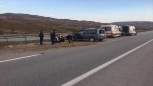Kırıkkale'de devrilen hafif ticari araçtaki 7 kişi yaralandı