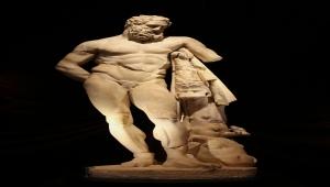 TARİHİN AYNASI KÜLTÜREL SERVET - Antalya Müzesi, kıymetli eserleri ve heykelleriyle öne çıkıyor