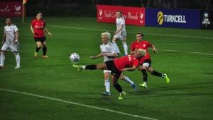 Turkcell Kadın Futbol Ligi'nde ilk gün maçları tamamlandı