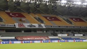 Medipol Başakşehir-Kayserispor maçında Filistin unutulmadı