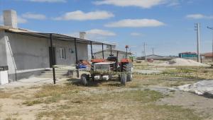 Aksaray'da babasının kullandığı traktörün altında kalan 2 yaşındaki çocuk yaşamını yitirdi