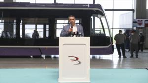 Bozankaya'nın ürettiği yerli tramvayı Romanya'ya uğurlama töreni düzenlendi