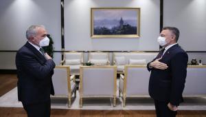 Cumhurbaşkanı Yardımcısı Oktay, Yozgat'ın Boğazlıyan ilçesinden gelen heyetle görüştü