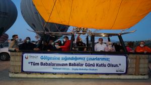 Kapadokya'da babalara hediye balon turu düzenlendi