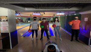 Kırşehir'de AK Parti teşkilatının düzenlediği bowling turnuvası tamamlandı