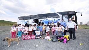 Pursaklar Belediyesi Nezaket Okulunca düzenlenen etkinlikle çocuklara hayvan sevgisi aşılanıyor