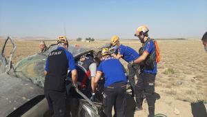 Niğde'de otomobil devrildi: 3 yaralı