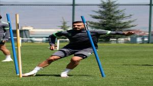 Süper Lig'de ilk kez forma giyecek Konyasporlu Oğulcan Ülgün, hedeflerini anlattı:
