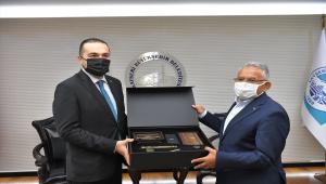 TRT Yönetim Kurulu Başkanı Albayrak, Başkan Büyükkılıç'ı ziyaret etti