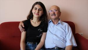 YKS'de AYT eşit ağırlık birincisi Konyalı Melike Demirbağ, başarıya nasıl ulaştığını anlattı: