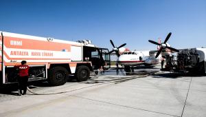 Antalya'daki orman yangınına Ukrayna uçağının müdahalesini AA ekibi görüntüledi