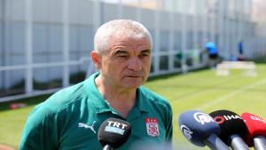 Sivasspor Teknik Direktörü Çalımbay'ın hedefi tur atlamak: