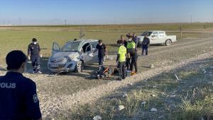 Aksaray'da otomobilin şarampole devrilmesi sonucu 2 kişi yaralandı