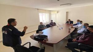 Kırşehir'de AFAD tarafından çeşitli kuruluşlara farkındalık eğitimi verildi