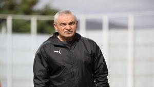 Sivasspor Teknik Direktörü Rıza Çalımbay'dan hakemlere uyarı: