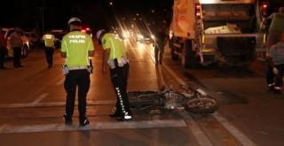 Karaman'da motosiklet ile kamyonet çarpıştı: 2 yaralı